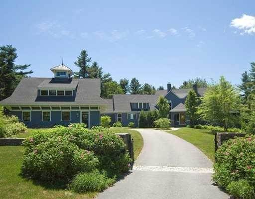 Single Family Homes at Cape Elizabeth, ME 04107