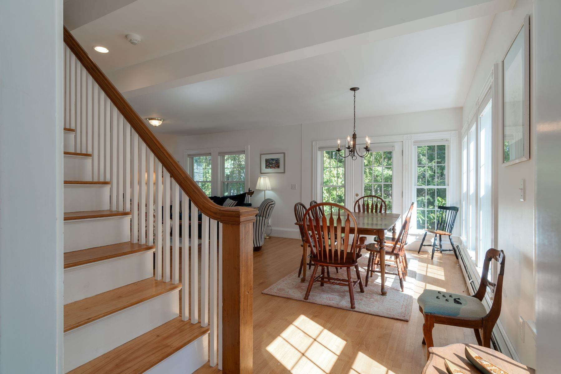 38. Other Residential Homes en Weather Barn 10 Beauchamp Point Road, Rockport, ME 04856