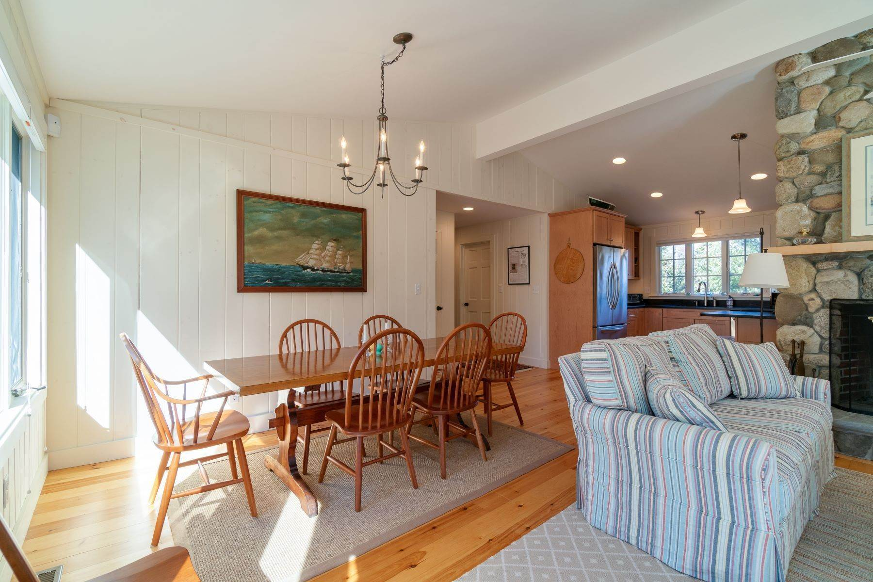 18. Other Residential Homes en Weather Barn 10 Beauchamp Point Road, Rockport, ME 04856