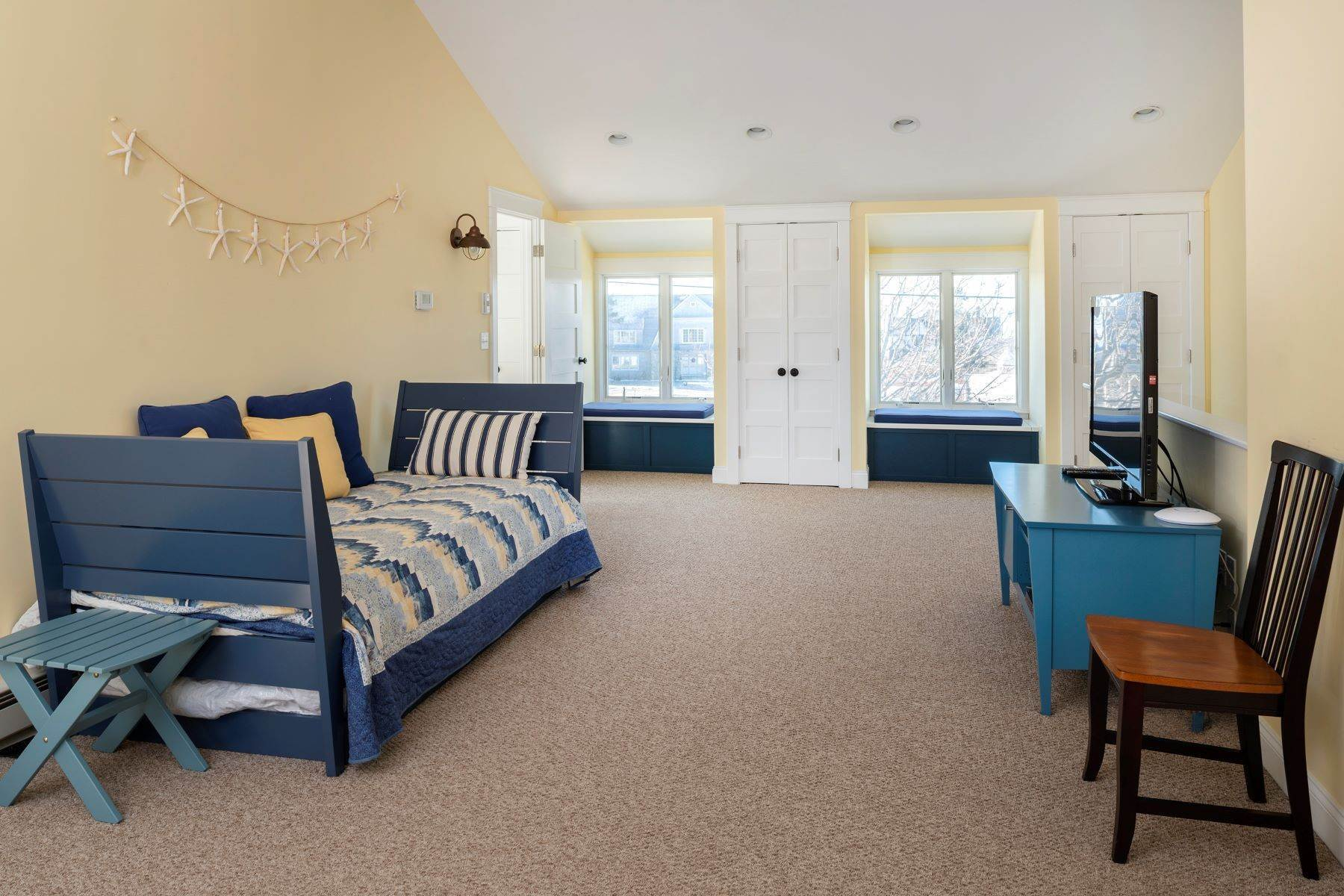 37. Other Residential Homes at 24 McKenney Point Road, Cape Elizabeth Cape Elizabeth, ME 04107
