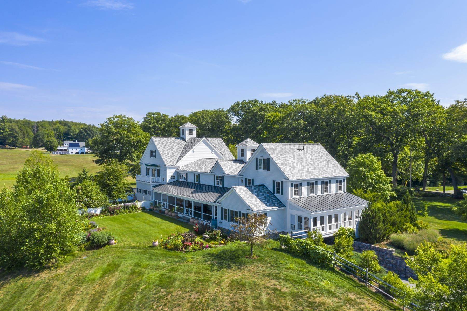 Single Family Homes por un Venta en Countryside manor in the charming town of Walpole 45 Reservoir Road, Walpole, NH 03068