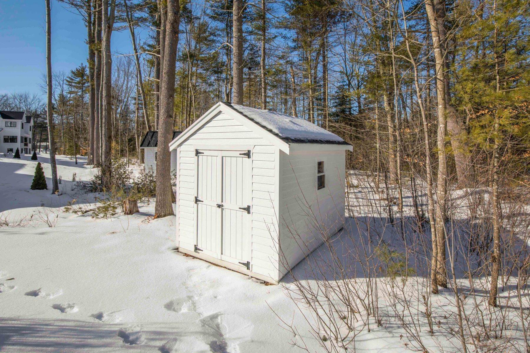 47. Single Family Homes for Sale at Yarmouth, ME 04096