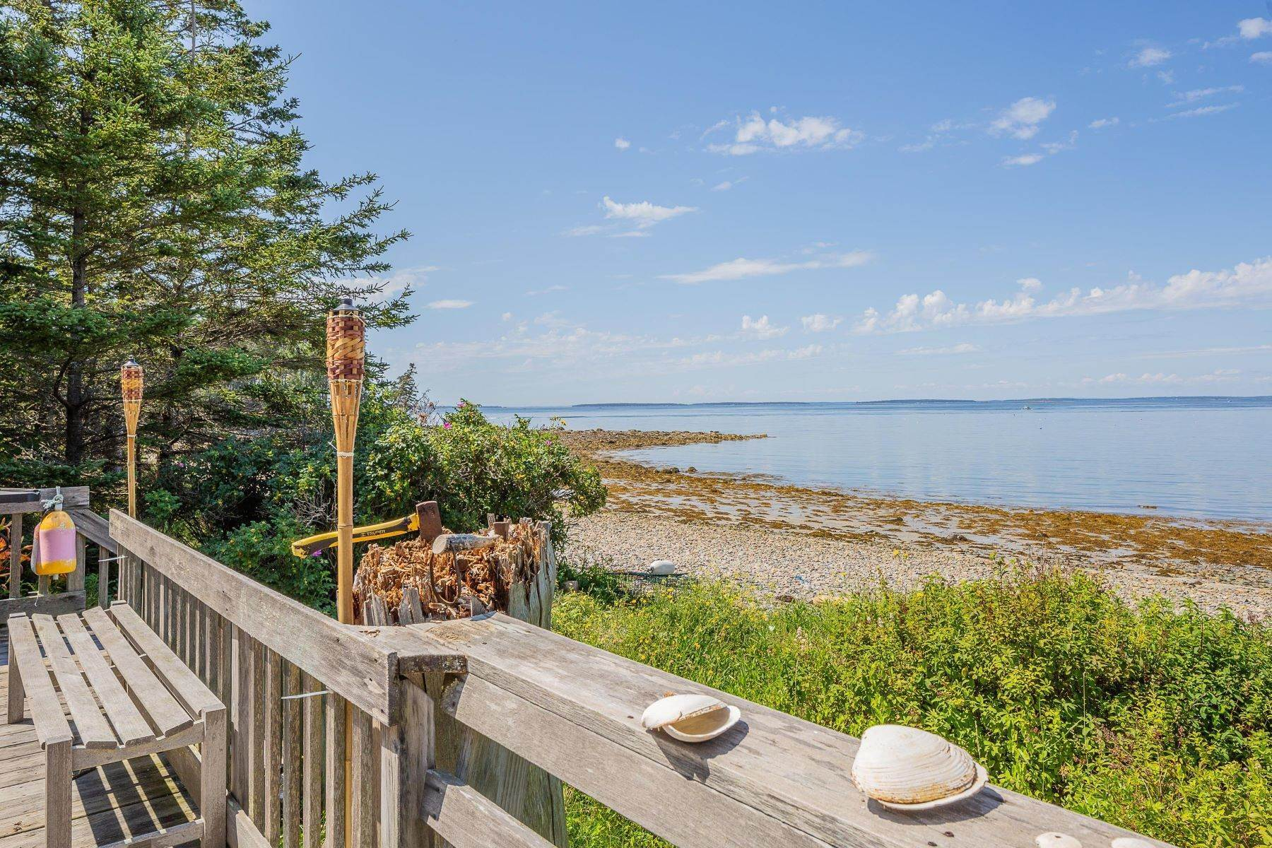 8. Single Family Homes for Sale at Tremont, ME 04612