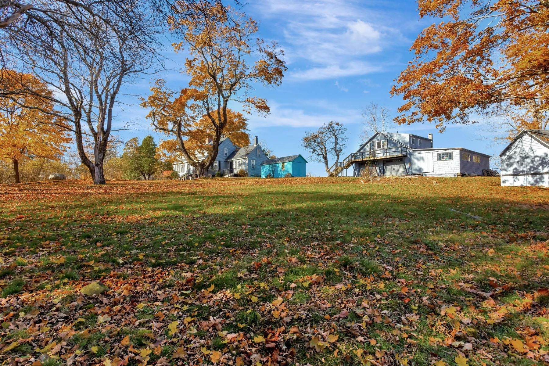 28. Single Family Homes for Sale at Owls Head, ME 04854