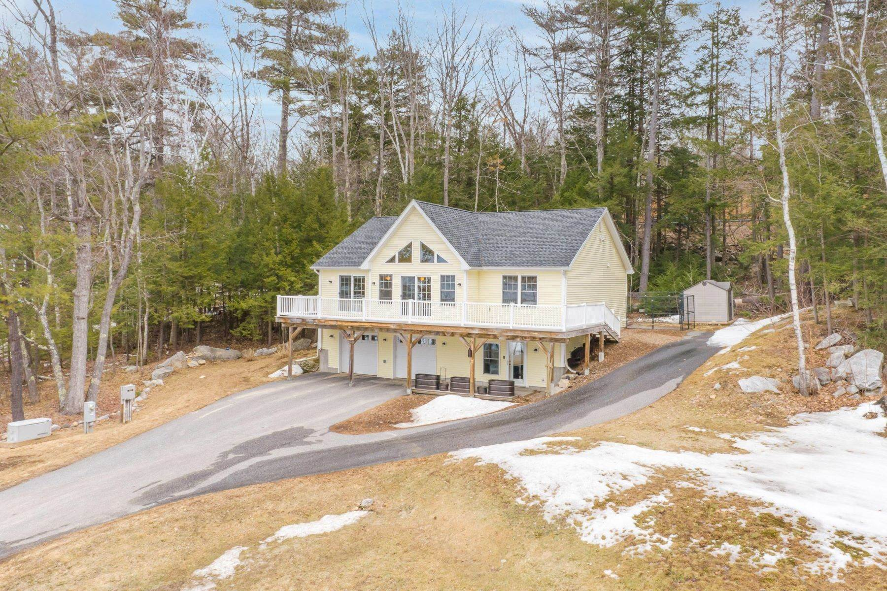3. Single Family Homes for Sale at Poland, ME 04274