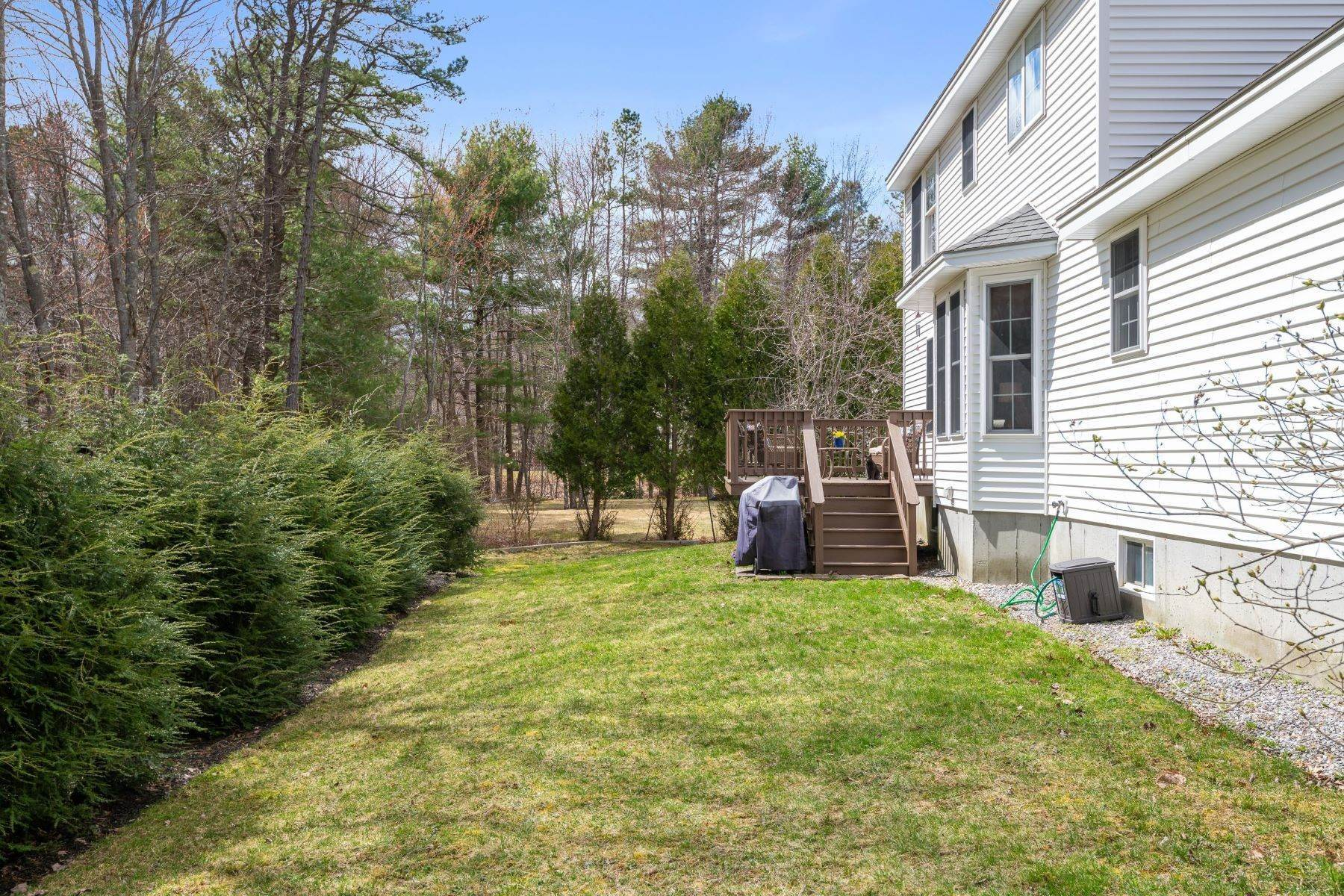 33. Single Family Homes for Sale at Brunswick, ME 04011