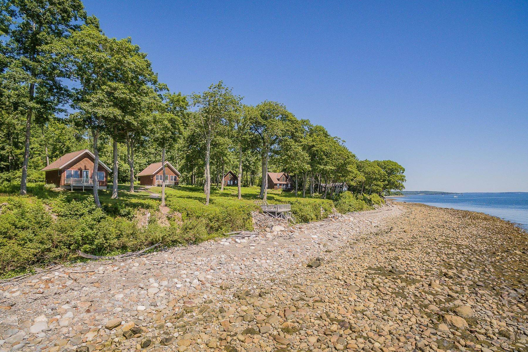 Single Family Homes por un Venta en Lincolnville, ME 04849