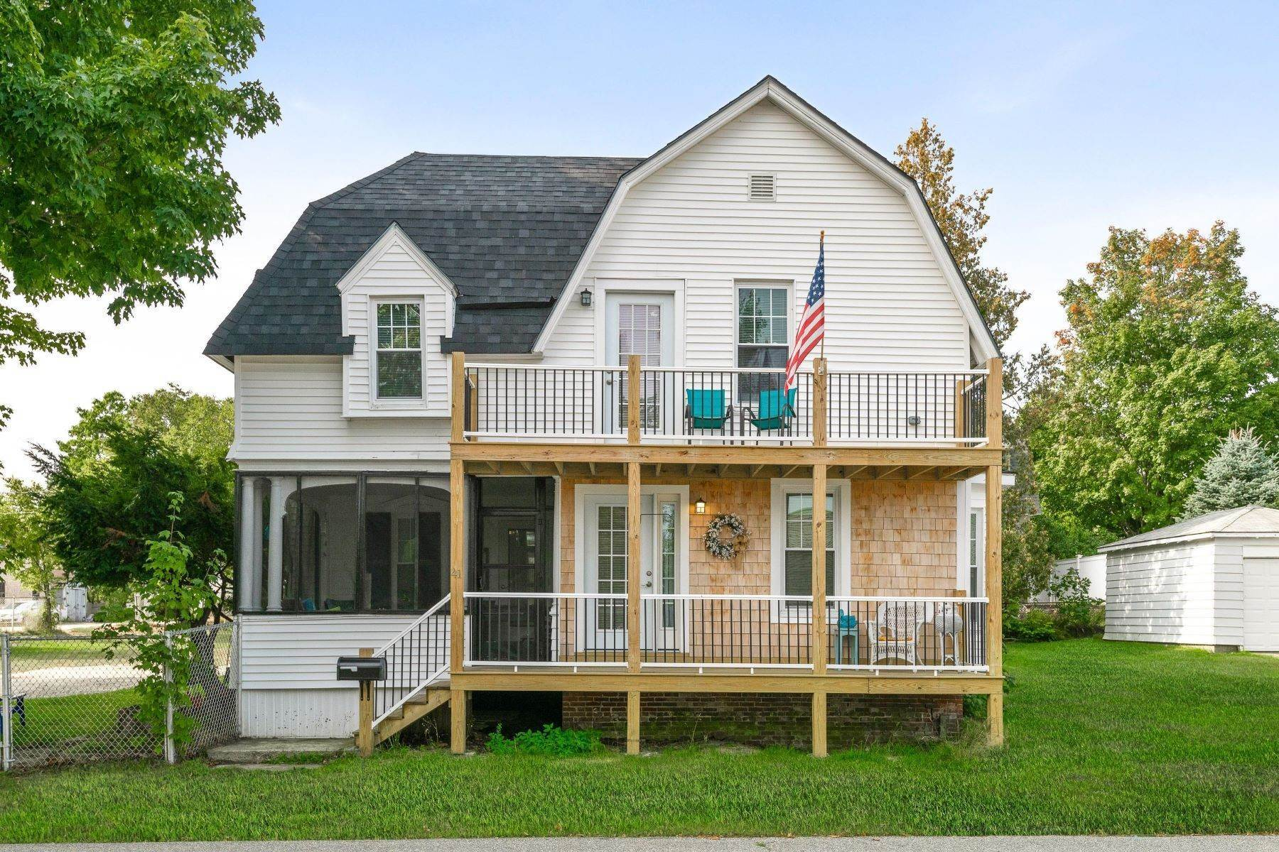 Single Family Homes 为 销售 在 Old Orchard Beach, ME 04064
