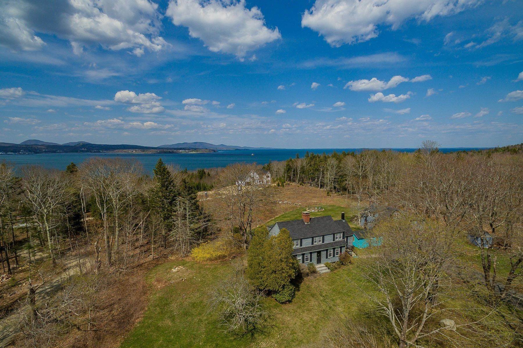 7. Single Family Homes for Sale at Owls Head, ME 04854