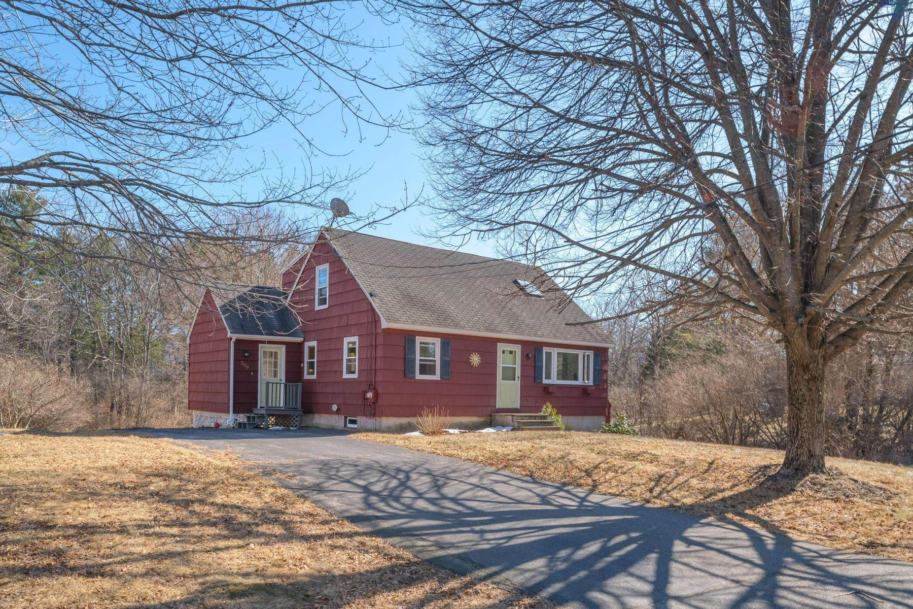 Single Family Homes for Sale at Yarmouth, ME 04096