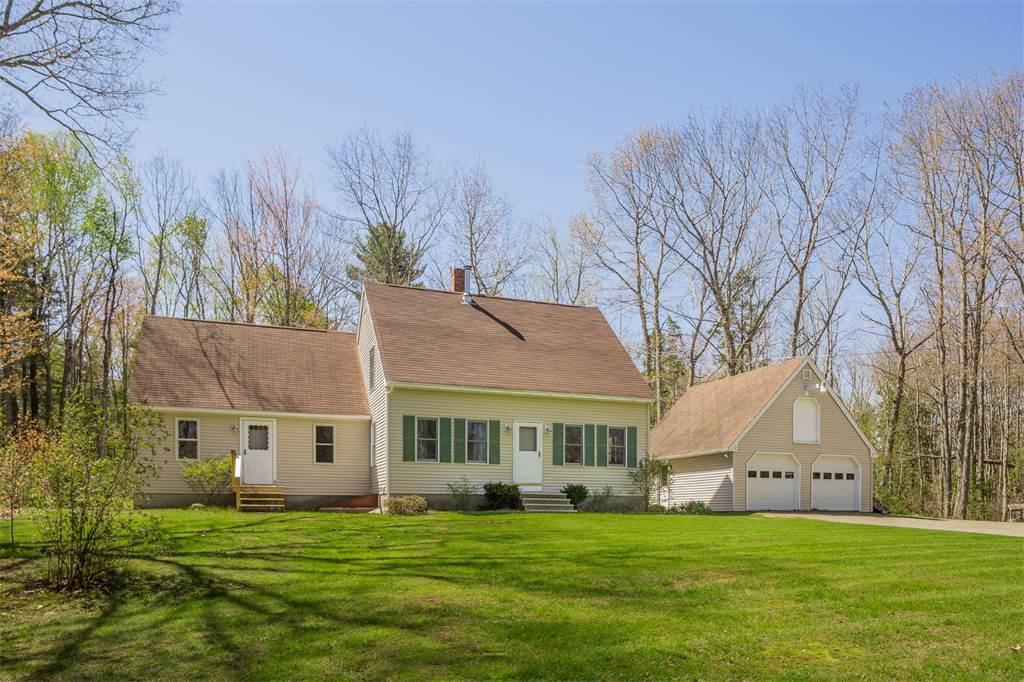 home for sale 30 acorn lane lincolnville maine 04849